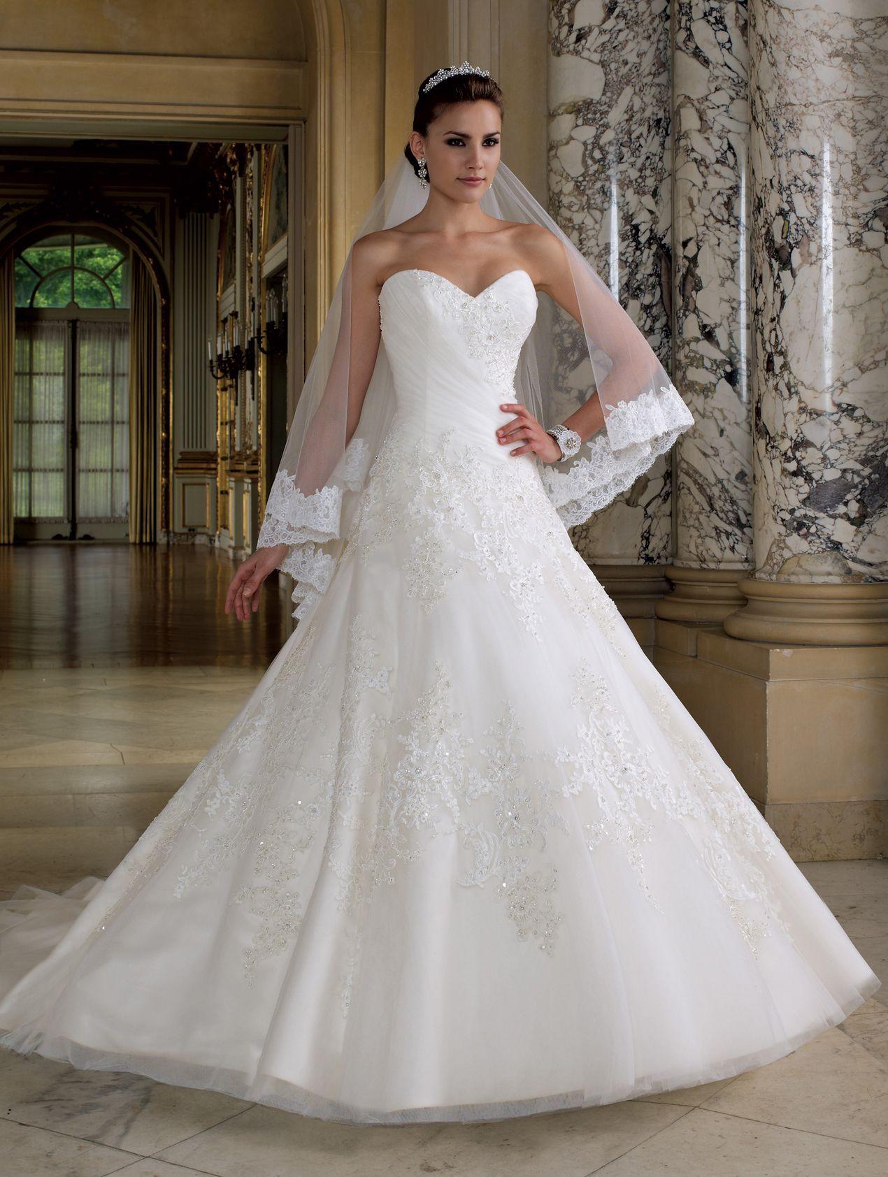 Свадебные платья с фатой