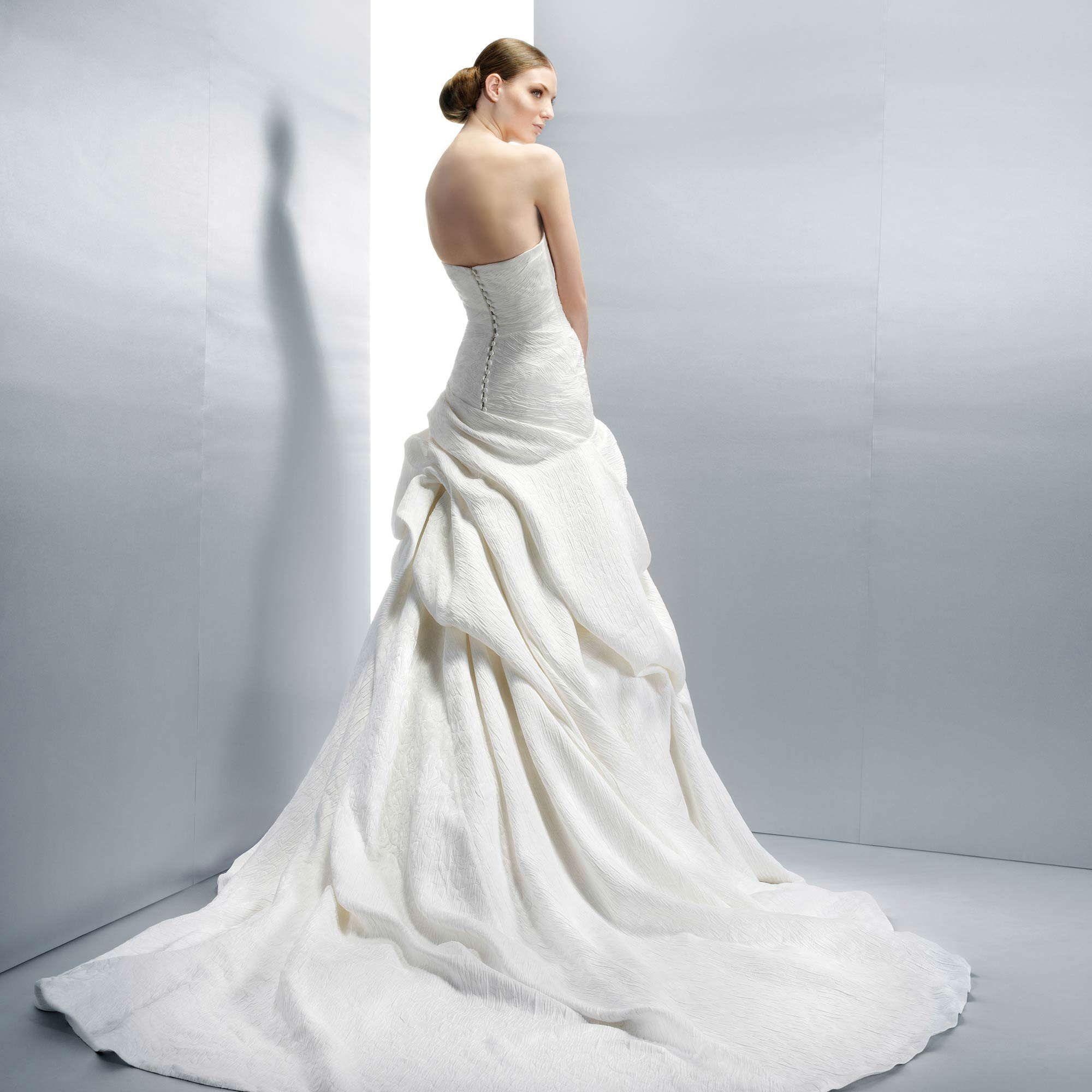 фото платьев расклешенных от талии