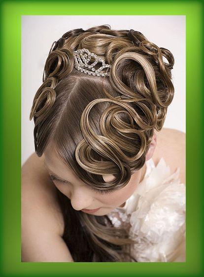 Фото креативных свадебных причесок